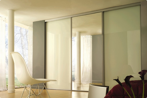 White Glass and Silver Mirror