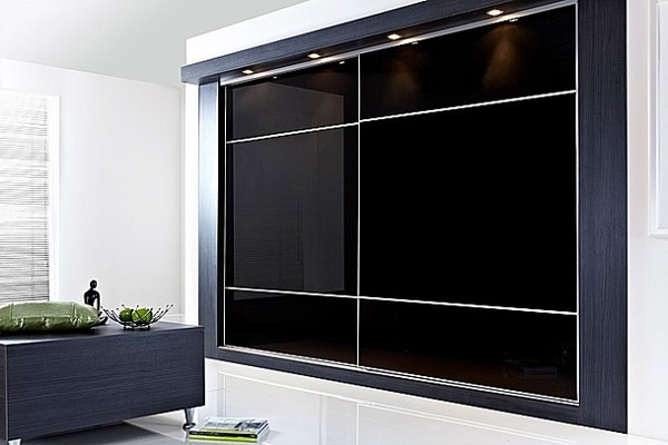 Black Glass with Oriental Bars