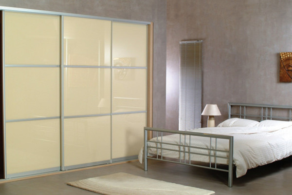 Beige Glass with Oriental Bars